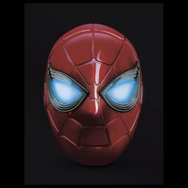 Avengers Endgame Iron Spider Electronic Wearable Helmet 1